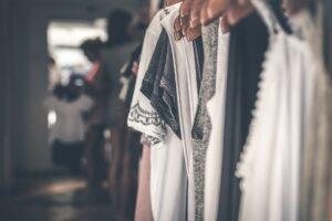 czarno-białe ubrania